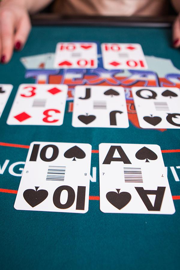 ألعاب الحظ